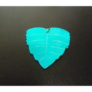 Mother of Pearl Shell Leaf Pendant Bead teal
